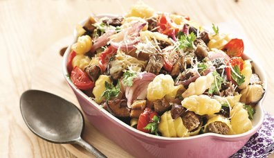 Etli patlıcanlı fırın makarna