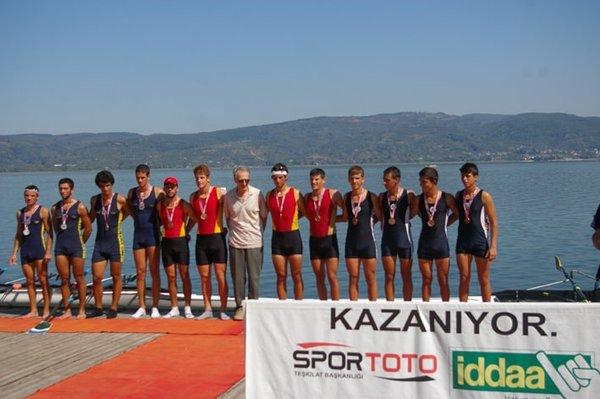 Fethiye kürek takımı Türkiye üçüncüsü oldu
