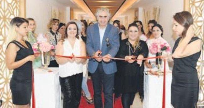 Bursa'nın ilk ve tek LadiesClub'u açıldı