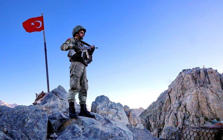 Özel birlikler böyle gitti! 21 terörist öldürüldü