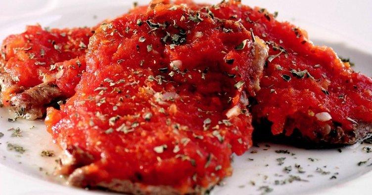 Domates soslu biftek tarifi...Domates soslu biftek nasıl yapılır?