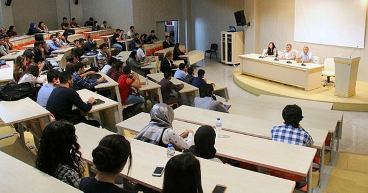 Mühendislik Fakültesi birinci sınıf öğrencilerine oryantasyon eğitimi