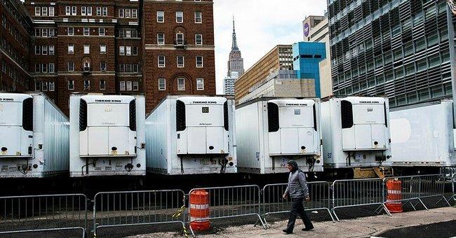 Son dakika haberi: ABD'de şoke eden corona virüs görüntüleri! Cesetler  kamyonlarda bekliyor... - Dünya Haberleri
