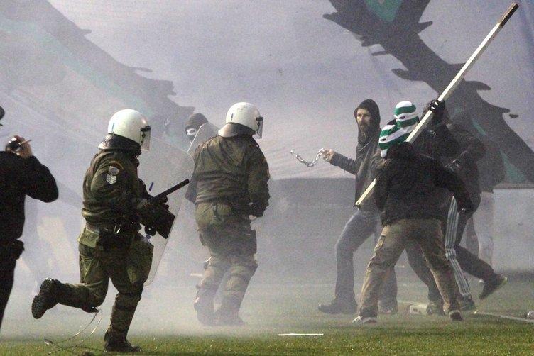 Panathinaikos - Olympiakos derbisinde olay
