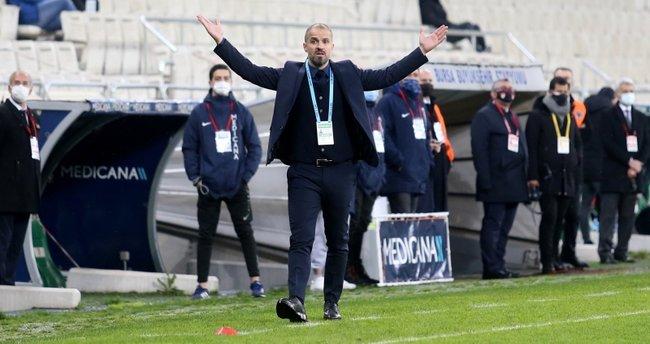 Bursaspor teknik direktör Mustafa Er ile yeniden anlaştı