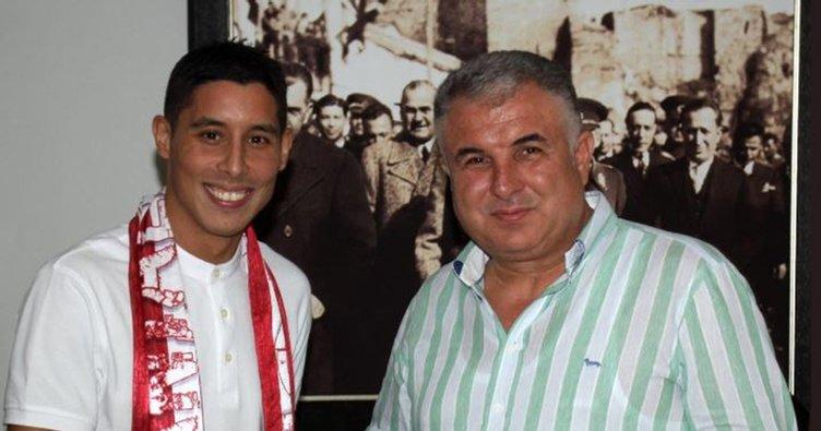 Antalyaspor, Barrada ile anlaştı