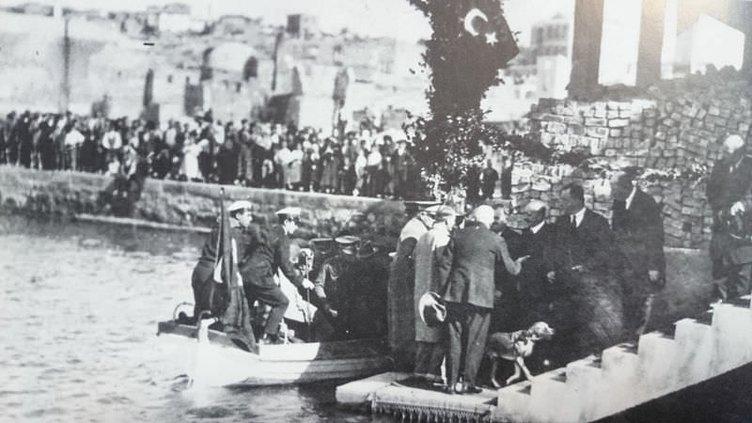 Atatürk'ün gün yüzüne çıkmamış fotoğrafları