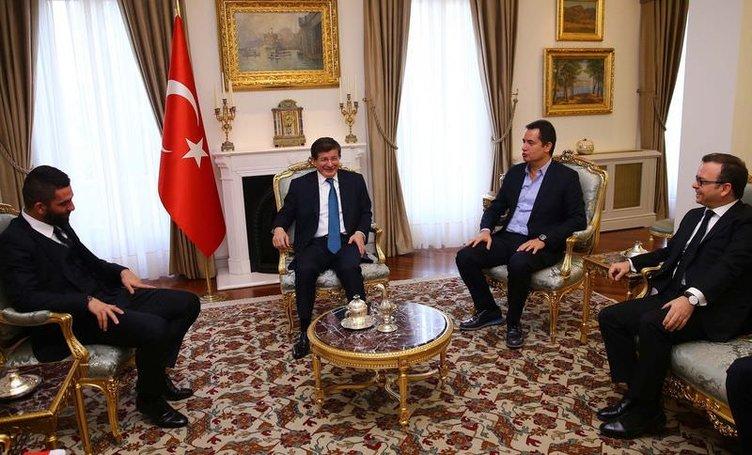 Arda Turan'dan Davutoğlu'na ziyaret