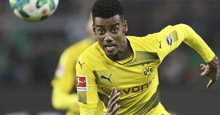 Real Sociedad, Dortmund'un genç golcüsü Alexander Isak'ı renklerine bağladı