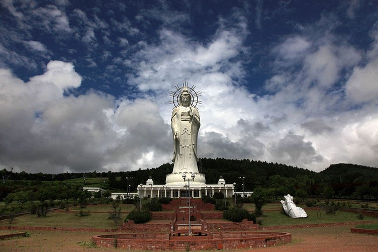 Dünyanın en uzun heykelleri