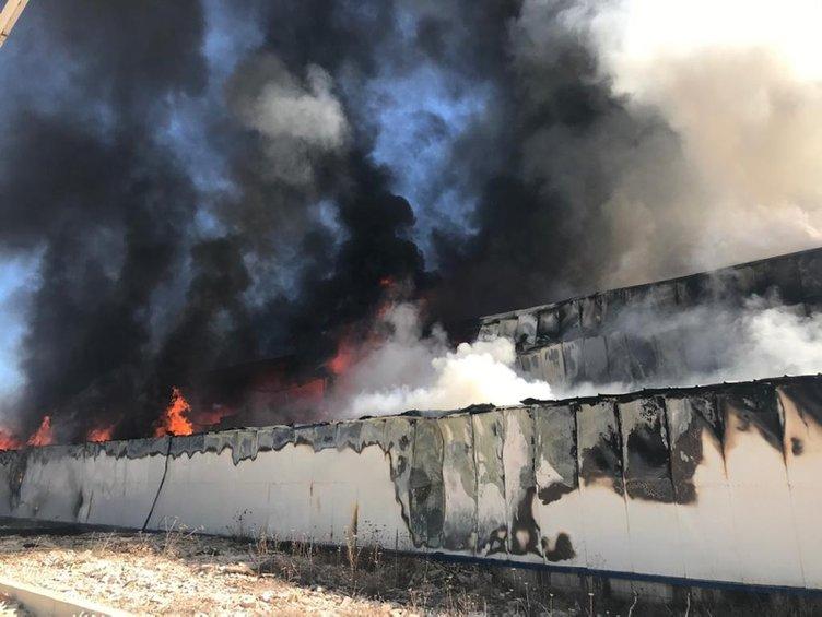 Sivas'ta geri dönüşüm fabrikasında yangın