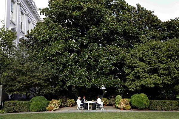 Beyaz Saray'da bira daveti