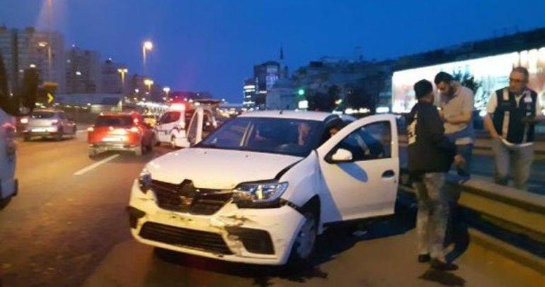 Yarım saat arayla ikinci kazayı yaptı:  2 yaralı