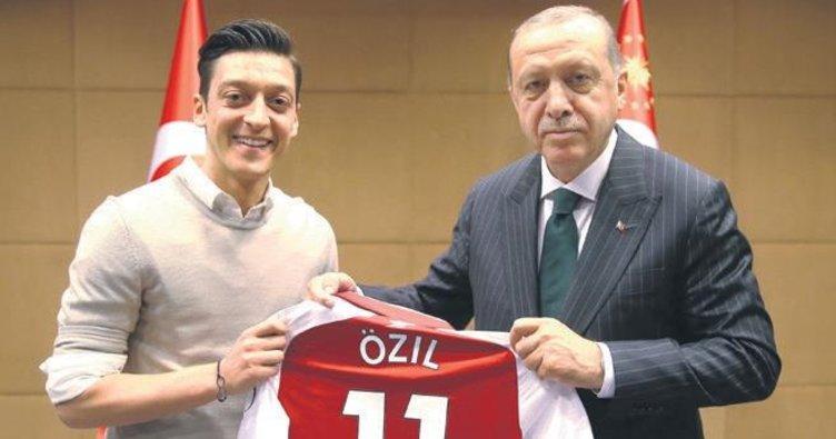 Mesut Özil: Hâlâ haksızlık yapıyorlar