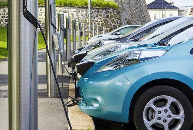 Elektrikli araçlar konuşuldu