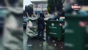 Kağıt toplayan adamın İstiklal Marşı'nı duyunca saygı duruşuna geçtiği video paylaşım rekorları kırıyor