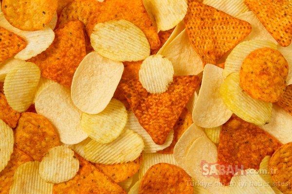 Severek tükettiğimiz besinlerin kansere sebep olduğu ortaya çıktı! İşte kansere neden olan besinler...