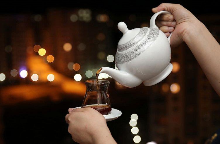 Çayın zorlu yolculuğu