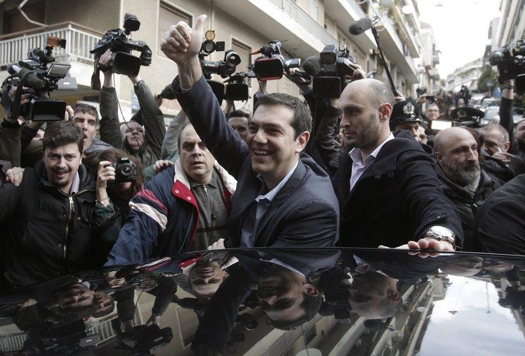 Yunanistan'da seçimin galibi SYRİZA