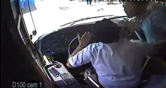 Otobüs şoförüne 'akbil' dayağı kamerada