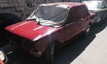 Efsane otomobili yeniledi ve servet değerinde paraya satmadı!