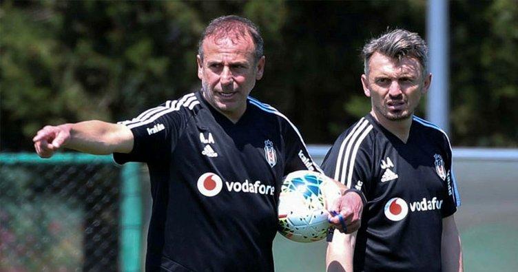 Son dakika! Beşiktaş'ta Orhan Ak istifa etti