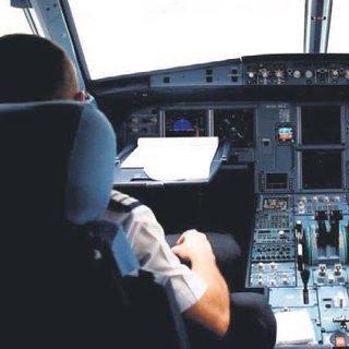 Kanser hastası pilotun 'tazminat' zaferi