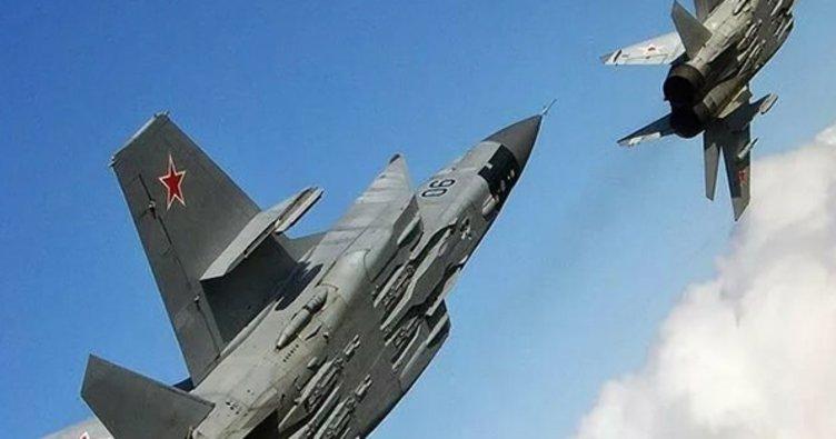 Rus ve ABD uçakları bu kez Uzak Doğu'da karşı karşıya geldi