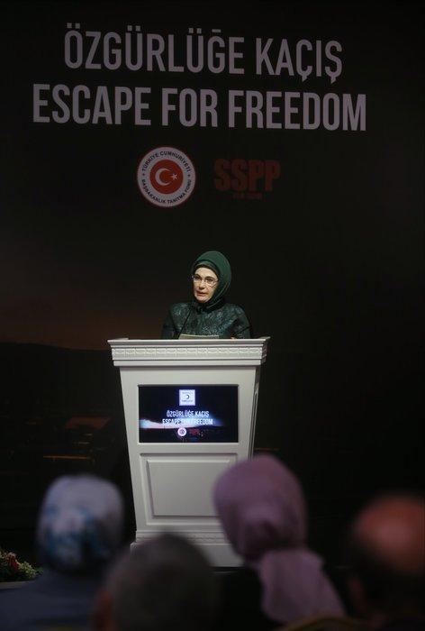 Emine Erdoğan Özgürlüğe Kaçış Belgeseli'nde konuştu
