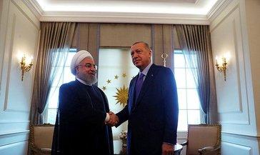 Başkan Erdoğan, İran Cumhurbaşkanı Hasan Ruhani ile telefonda görüştü
