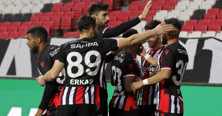 Samsunspor, Bolu'yu 4 golle geçti! Zirve alev aldı