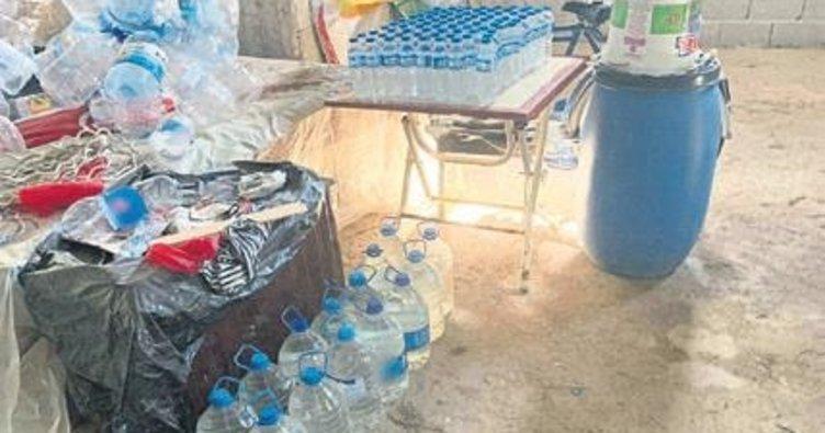 Adana'da bin 490 litre kaçak içki ele geçirildi