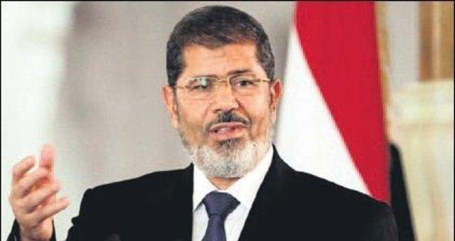 Mursi, 20 yıl hapse çarptırıldı