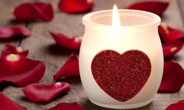 Evlilik yıldönümü sözleri! En güzel romantik kısa ve uzun evlilik yıldönümü mesajları