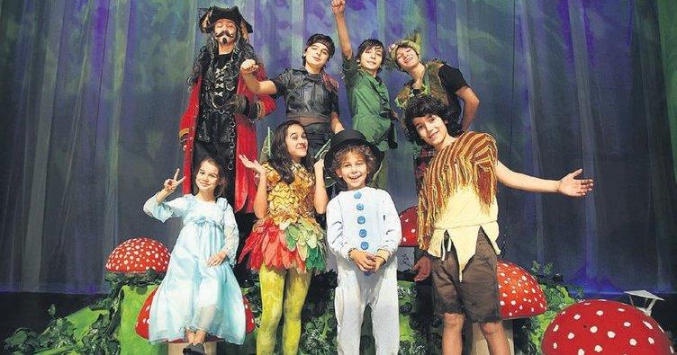 En yetenekli çocuklar Peter Pan için buluştu