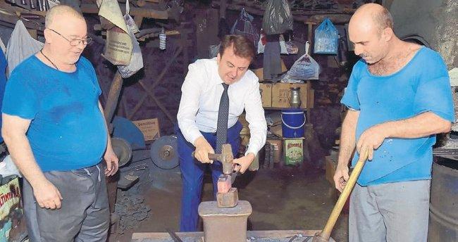 Tarihi Demirciler Çarşısı yenileniyor
