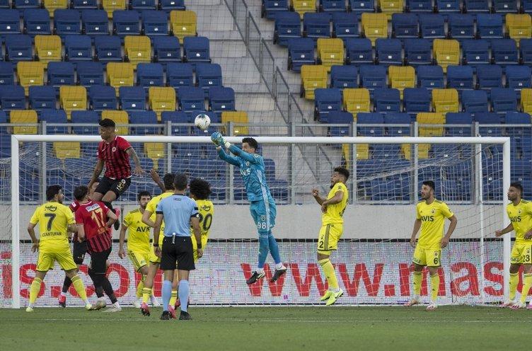 İşte Gençlerbirliği - Fenerbahçe maçından kareler