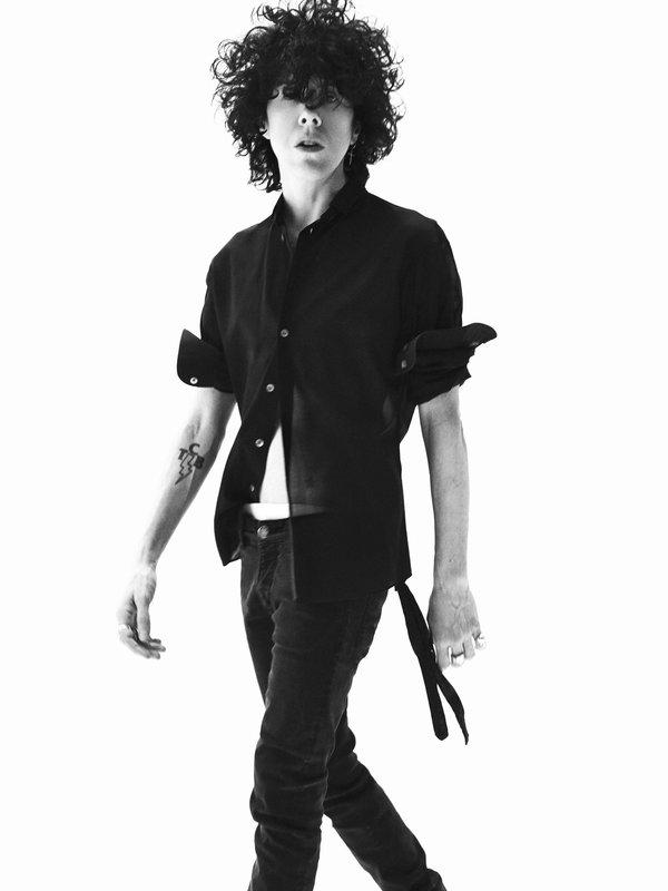 LP: Müzik dünyasında ayakta kalabilmek için timsah gibi sert bir deriniz olmalı...