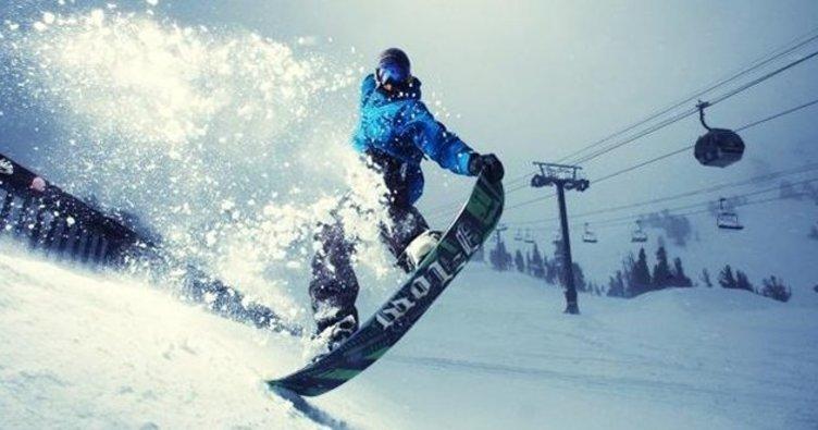 Erciyes Dağı'nda snowboard heyecanı