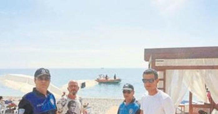 Sahilde tatilci vatandaşa uyarı