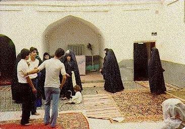 Irak'ta kutsal mekanlar hedef alınıyor...