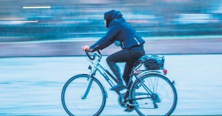 Sarhoş bisikletli panik yaşattı