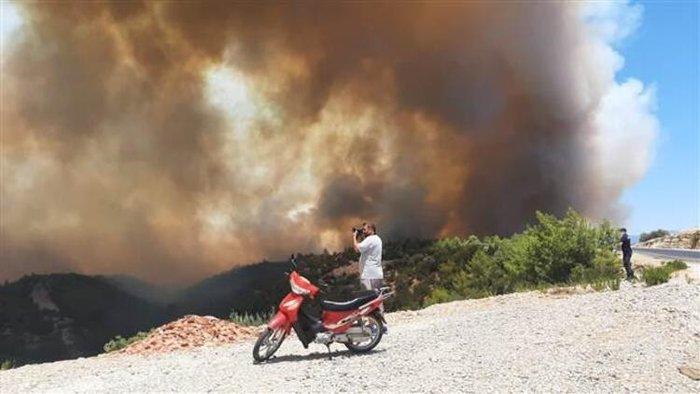 Antalya Manavgat yangını son dakika! Antalya Manavgat yangınında son durum nedir, yangın söndürüldü mü? - Son Dakika Haberler