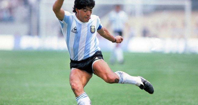 Maradona'dan son dakika acı haber: Efsane futbolcu Diego Maradona hayatını kaybetti… İşte Maradona'nın ölüm nedeni