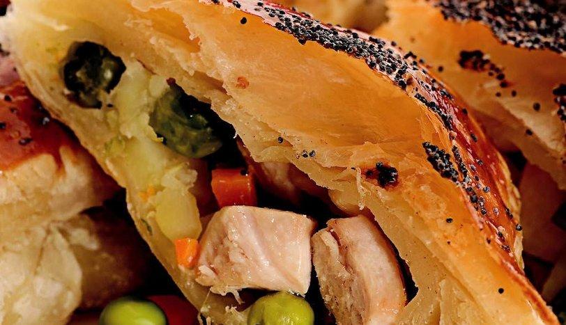 Tavuk ve Sebzeli Talaş Böreği