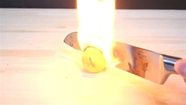 Bıçağı 1000 derece ısıtıp...