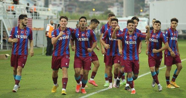 Trabzonspor Fenerbahçe'yi yenerek finale yükseldi. Galatasaray...