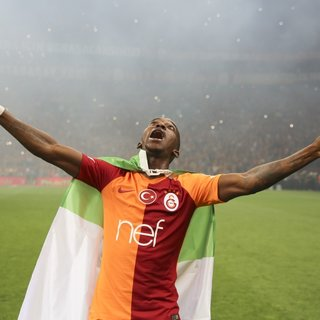 Henry Onyekuru, Bayern Münih'e; Ryan Babel+Bruma Galatasaray'a