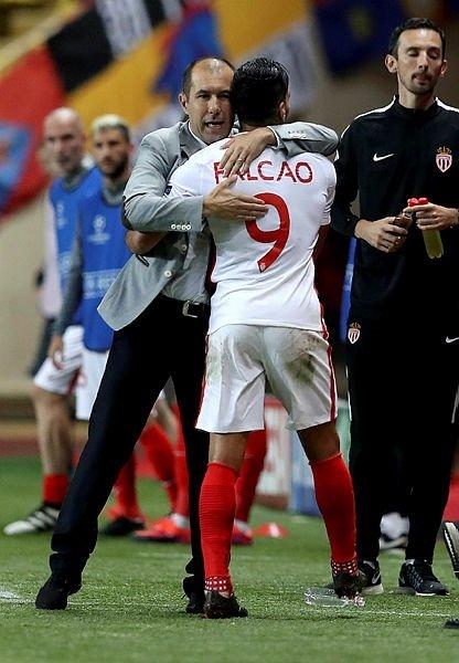 Radamel Falcao, Galatasaray'da! Sözleşmesindeki ilginç madde...