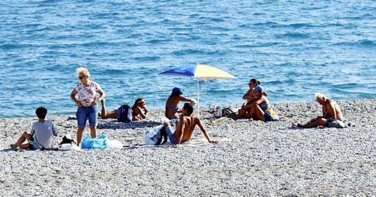 Antalya'da bitmeyen yaz